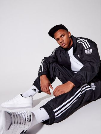 adidas Sweatshirt adicolor 3D Trefoil 3-Stripes GN3535 Schwarz Regular Fit